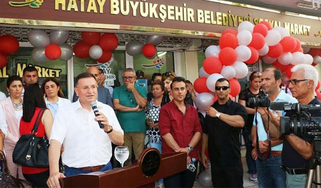 HBB Sosyal Marketlerin 14'üncü şubesini Erzin'de açtı