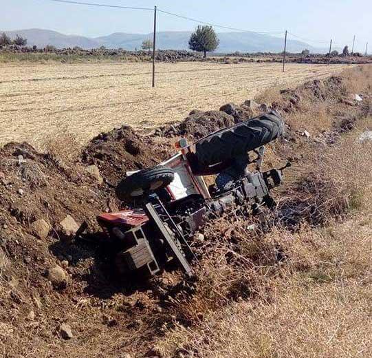 kaza-traktör