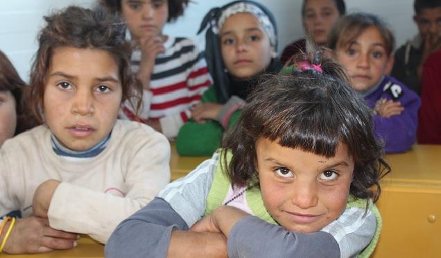 Suriyeli öğrenciler Seyyar Okul'da eğitim görecek