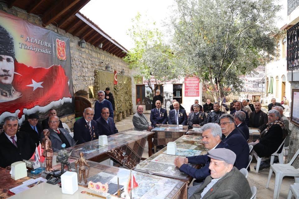 Başkan Savaş'a Türkiye Muharip Gaziler Derneği Onursal Üyeliği verildi