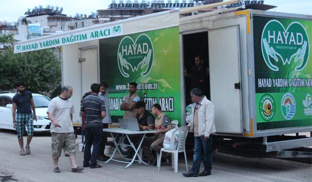 HAYAD Derneği Ramazan öncesi Gıda dağıtımları gerçekleştiriyor