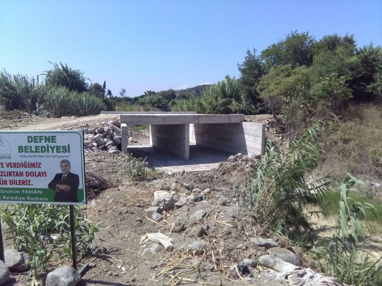 Toygarlı Deresi'nde yapımı süren köprüde sona geliniyor
