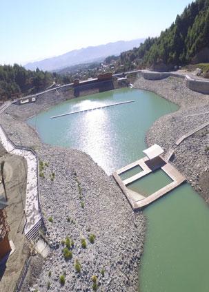 Karlısu göleti su ve macera parkı