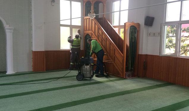 Defne Belediyesi ibadethane temizliği devam ediyor