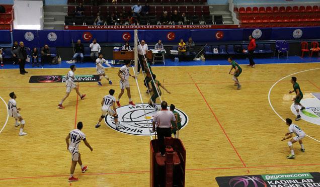 HBB voleybol takımı rakibini 3-1 yendi
