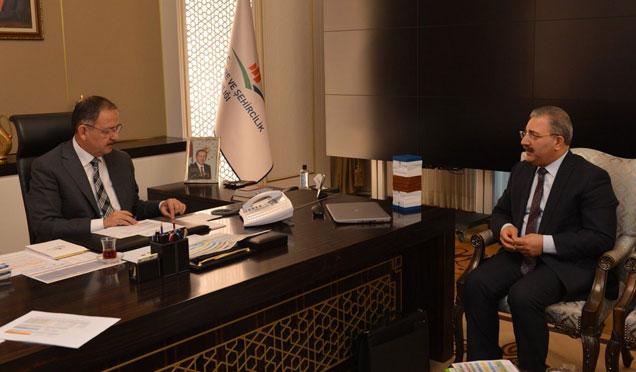 Bakan Özhaseki'den Kentsel Dönüşüme destek