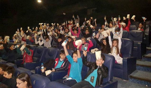"""Arsuz'da """"Öğrenciler sinema ile buluşuyor"""" etkinliği"""