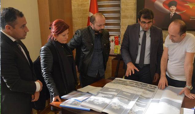 Altınözü'nde tarihi yerler için restorasyon toplantısı yapıldı