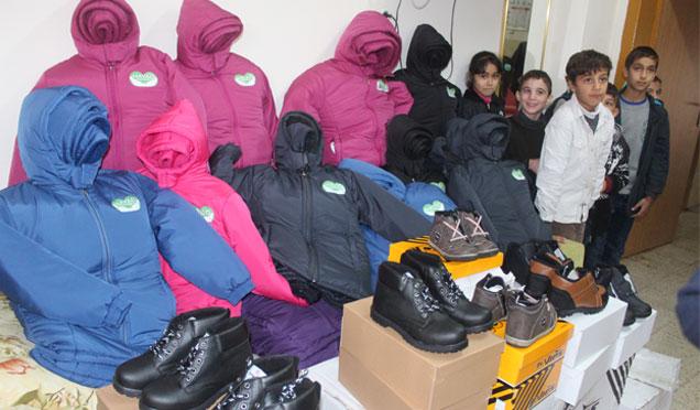 Suriyeli öğrencilere kışlık kıyafet yardımı