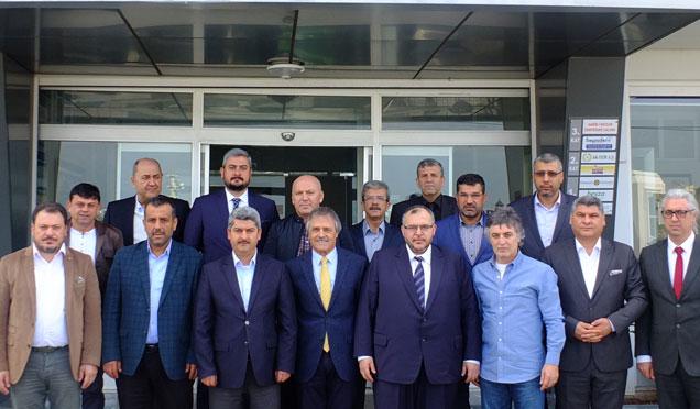Saadet Partisi'ne Ali Kavak'tan ziyaret