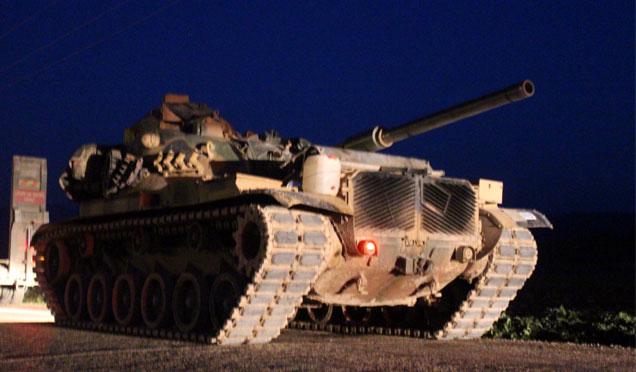 Komando birlikleri ve tanklar sıfır noktasında