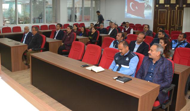 Belediye personeline Memurlar Kanunu semineri