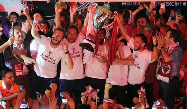 Hatayspor Şampiyonluğu böyle kutladı
