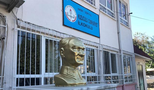 10 Kasım öncesi Atatürk büstleri boyandı