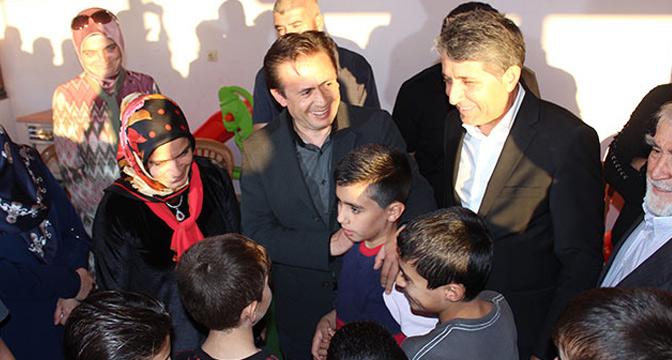 Dr. Şadi Yazıcı HAYAD Mağazası açıldı