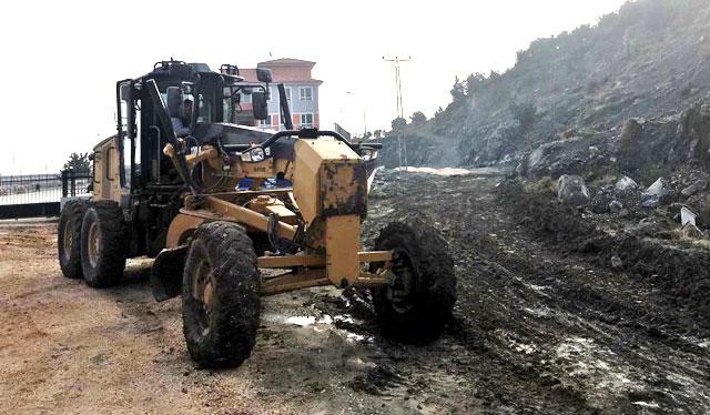 Samandağ'da yol düzenleme çalışması