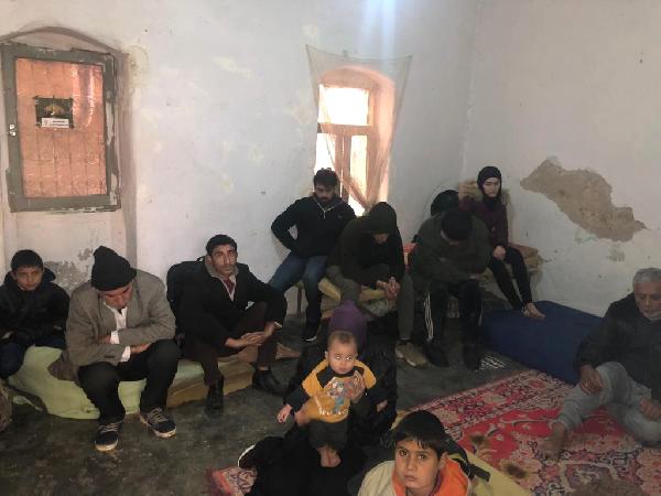 Reyhanlı da 40 Suriyeli Kaçak ile 6 Organizatör Yakalandı