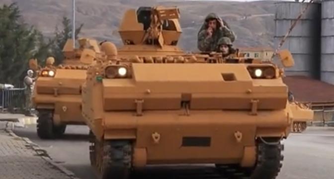 Münbiç Operasyonu öncesi zırhlı araçların rengi değişti