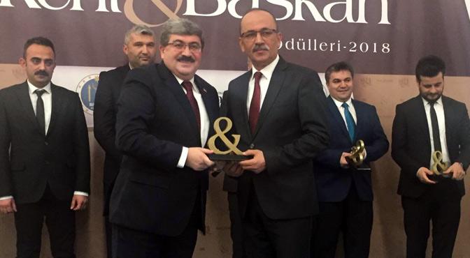 Kent & Başkan Dergisi'nden Bekir Altan'a Anlamlı Ödül
