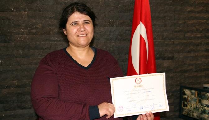 Kırıkhan'ın ilk kadın muhtarı oldu