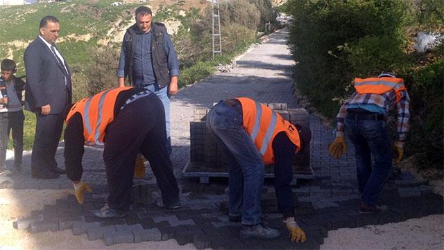 Altınözü Belediyesi 48 Mahalleye parke çalışması başlettı