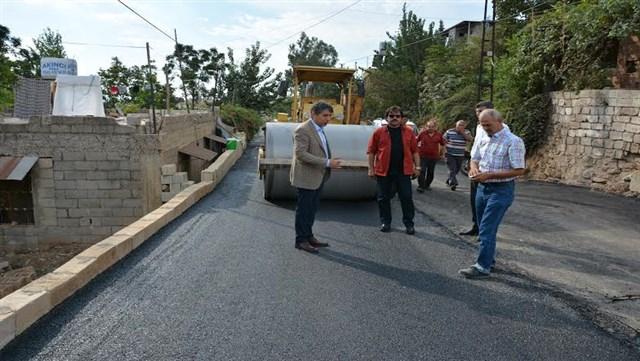 Kırıkhan Belediyesi'nin üstyapı çalışmaları devam ediyor