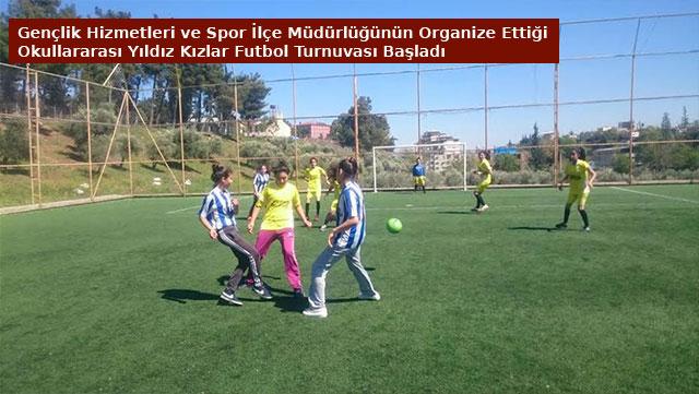 Gençlik Hizmetleri ve Spor İlçe Müdürlüğünün organize ettiği okullararası Yıldız Kızlar Futbol Turnuvası başladı