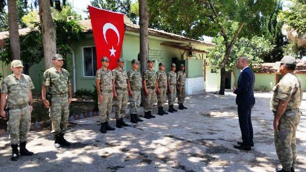 Kaymakam Karaosmanoğlu İlçe Jandarma Komutanlığını ziyaret etti