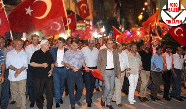 Kırıkhan'da Demokrasi Nöbeti devam ediyor