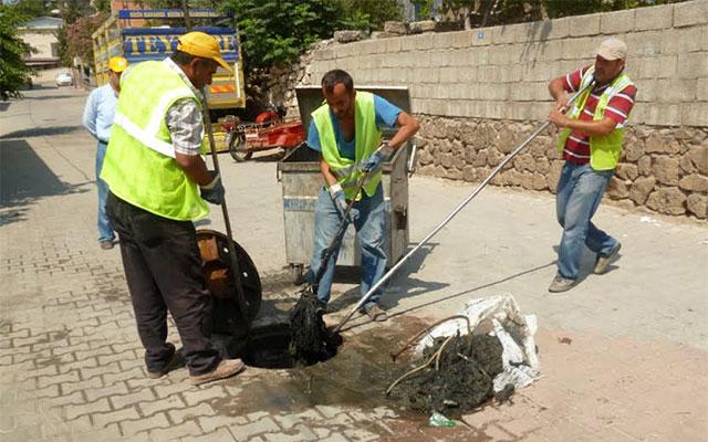 Kırıkhan'da bakım ve onarım çalışmaları sürüyor