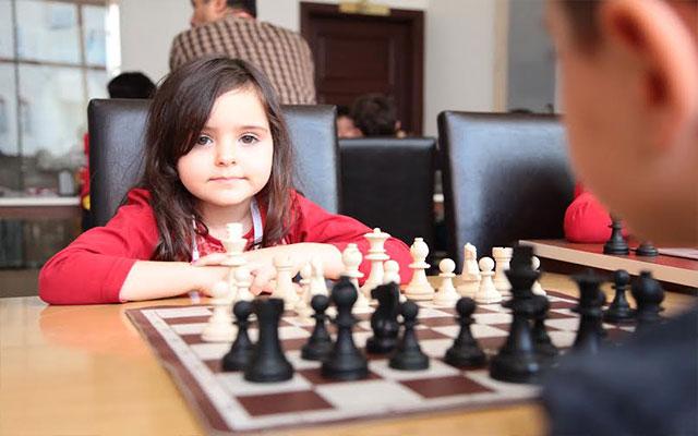 HBB'nin başarılı Satranç Takımı lige sıkı hazırlanıyor