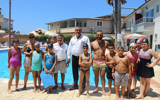 Samandağ Belediyesi yüzme kursları başladı