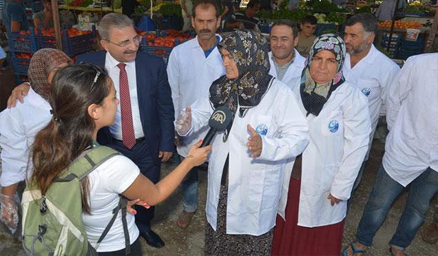 Antakya Belediyesi'nce başlatılan Pazarlarda Buzdolabı uygulaması Anadolu Ajansının gündemine alındı