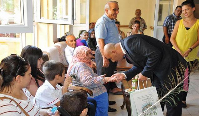 HBB Kurban Bayramı'nda yaşlıları unutmadı