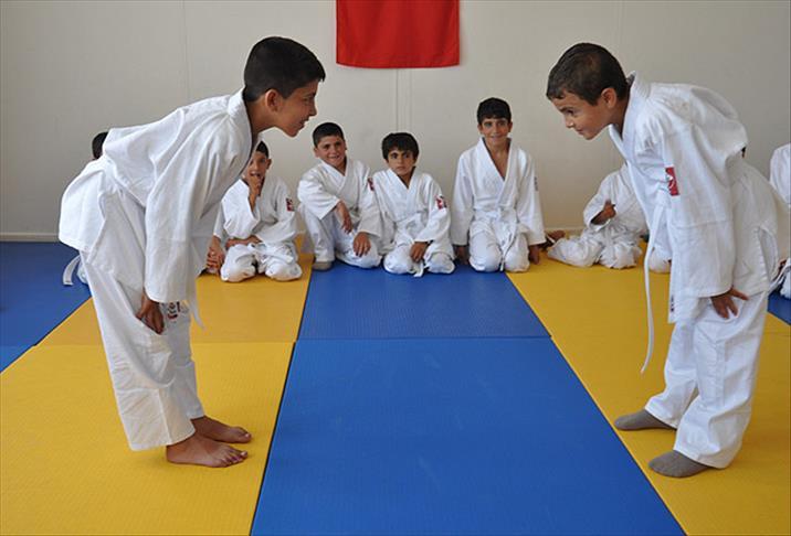 Suriyeli çocuklara Judo eğitimi