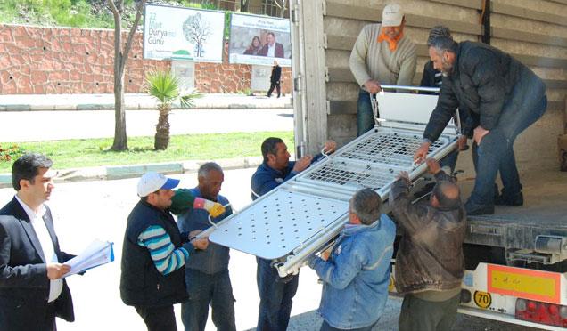 Almanya'da yaşayan Engelliler Kırıkhan'a yardım kampanyası başlattı