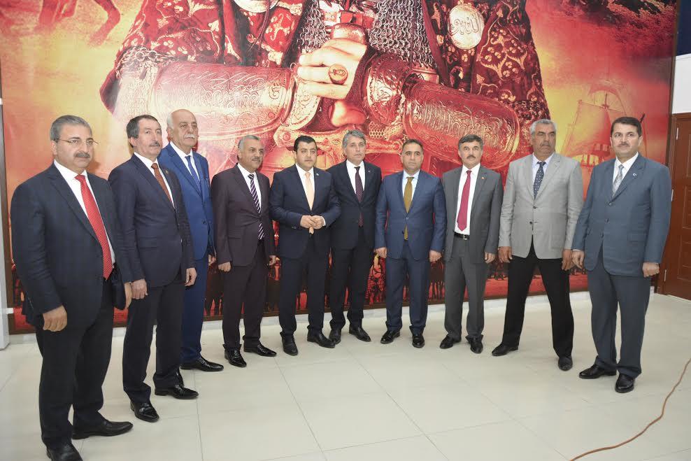 AK Parti Heyeti Kırıkhan'da İstişare toplantısı gerçekleştirdi