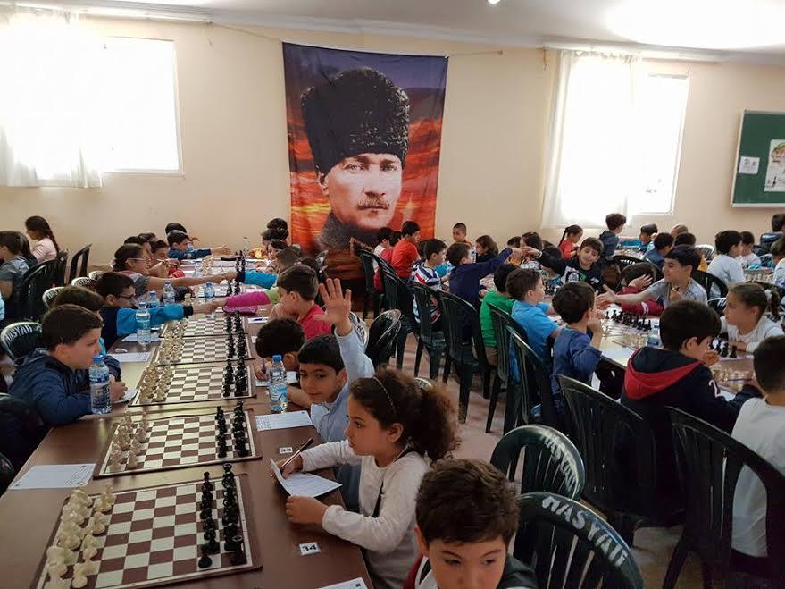 Defne Belediyesi'nden coşkulu Satranç Turnuvası