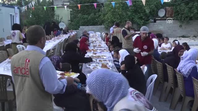 Hatay'da Türkmen Yetimler için İftar programı