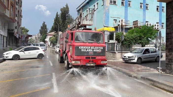 Kırıkhan Belediyesi'nden Ramazan Bayramı öncesi temizlik seferberliği