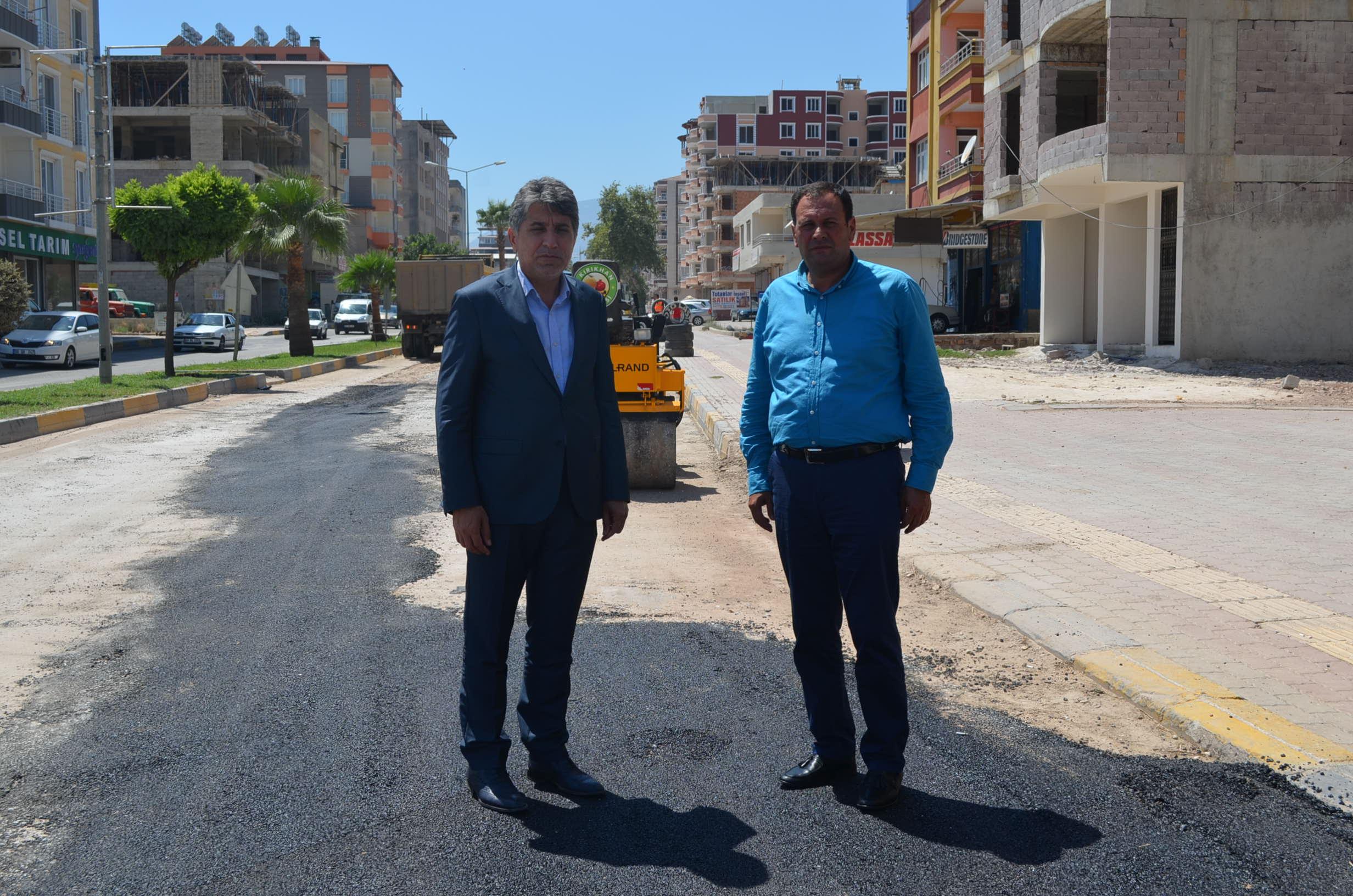 Başkan Yavuz doğalgaz ve asfalt yama çalışmalarını yerinde inceledi