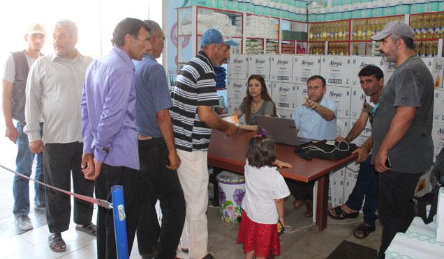 HAYAD Derneğinden ihtiyaç sahibi ailelere gıda yardımı