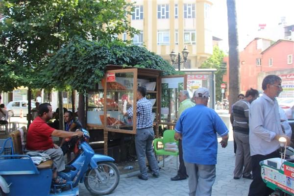 Samandağ Belediyesi Abdullah Cömert Alanına kitaplık