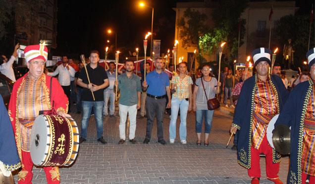 Kırıkhan'da Fener Alayı yürüyüşü düzenlendi