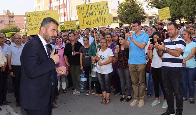 Payas'da su sıkıntıları protesto edildi