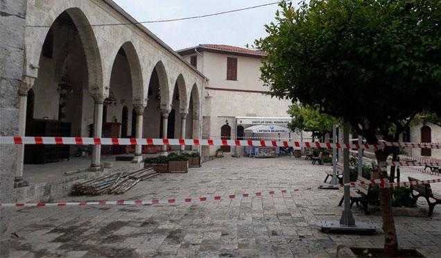 Habib-i Neccar Camii tadilalat nedeniyle ibadete kapatıldı