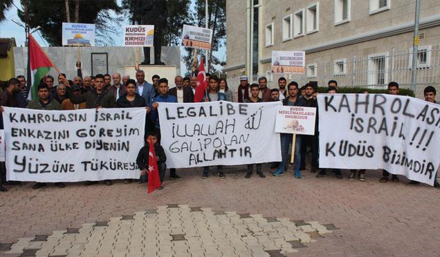 Kumlu'da ABD'nin Kudüs kararı protesto edildi