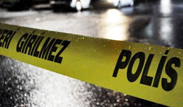 """""""DUR"""" İhtarına uymayan sürücünün çarptığı polisin hayatı tehlikesi sürüyor"""