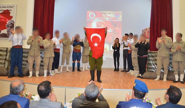 Hükümlüler tarafından 18 Mart Çanakkale Zaferi adlı tiyatro oyunu sergilendi