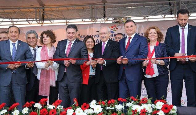 Kılıçdaroğlu HBB'nin 4. yılında kente kazandırdığı tesisleri açtı